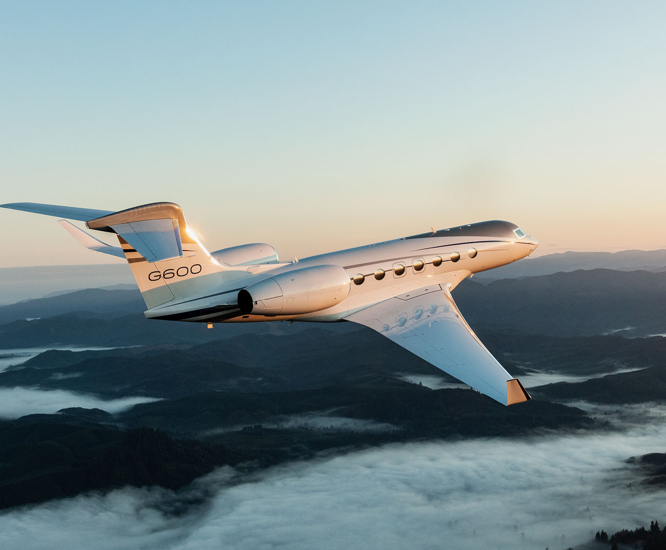 G600 flying over water