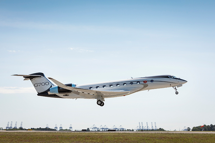 G700 Test Aircraft Takes Flight
